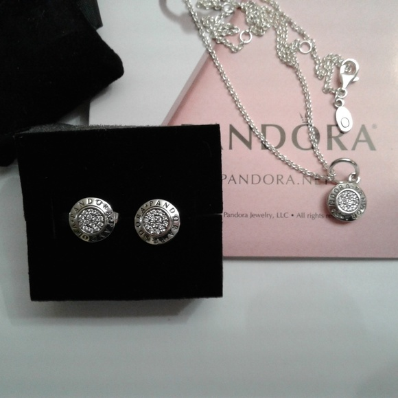 0509783090a4d Authentic Pandora Signature earring, charm and cha NWT
